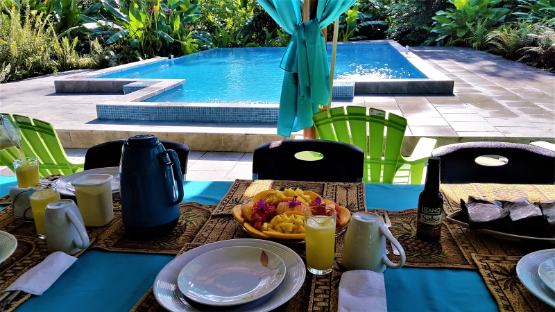 Breakfast at Tropical Paradise Bungalows
