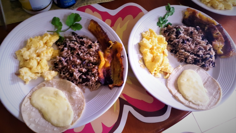 A typical Costarican breakfast at Tropical Paradise bungalows