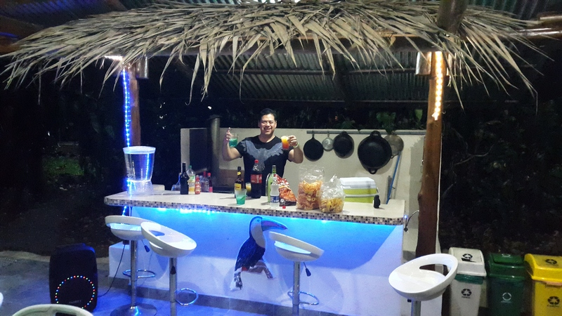 There-is-a-bar-area-for-you-to-use-by-the-swiming-pool